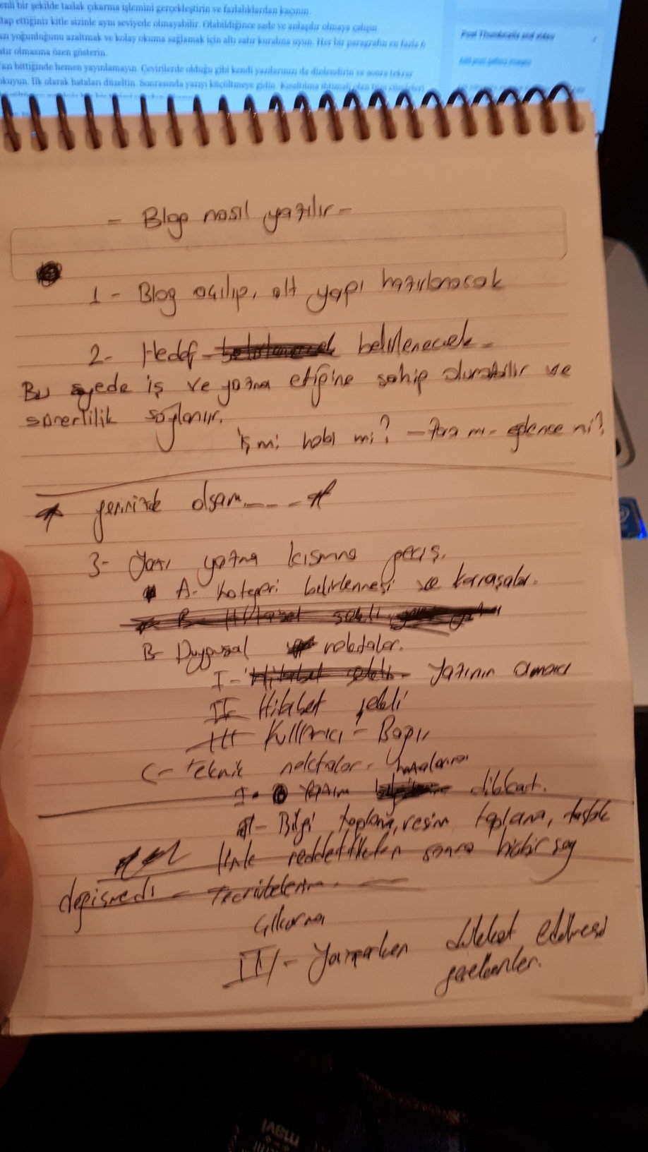 blog yazarken taslak çıkarma adımlarını bilhassa benim kalemimden görebilirsiniz.